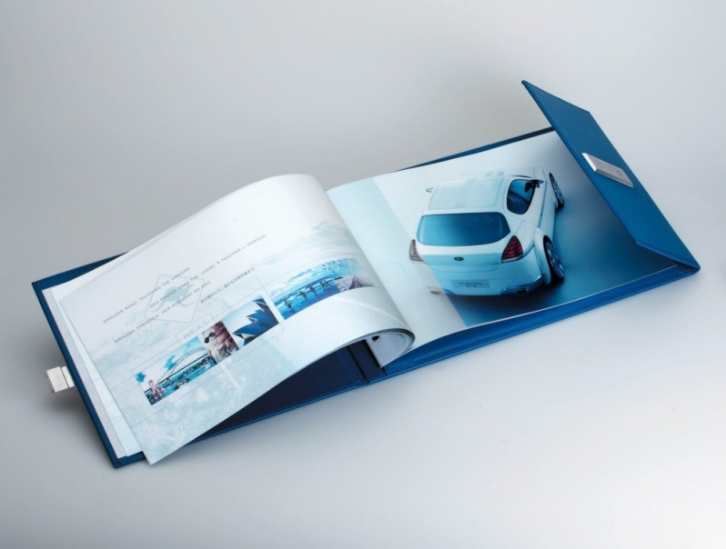 Impressão de Catálogo Preço Tremembé - Impressão Digital Adesivo
